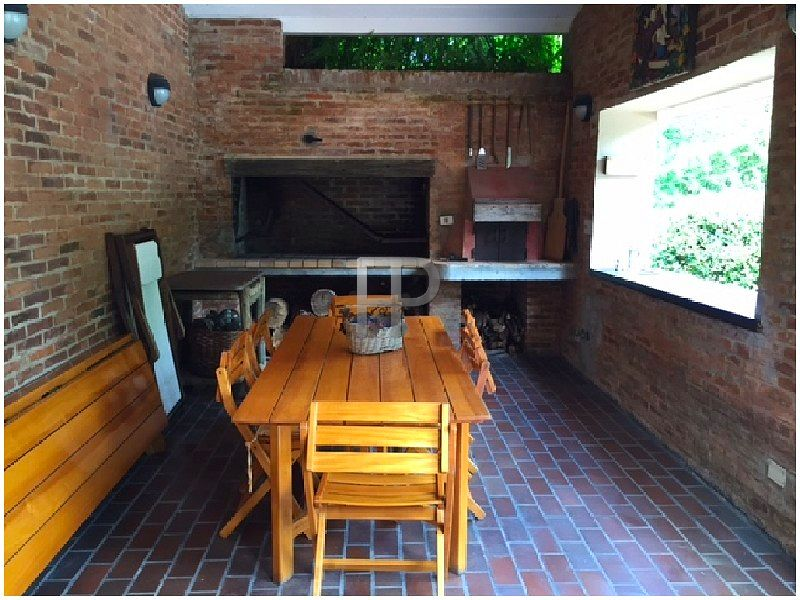 House for sale Punta del Este: Covered barbecue picnic area