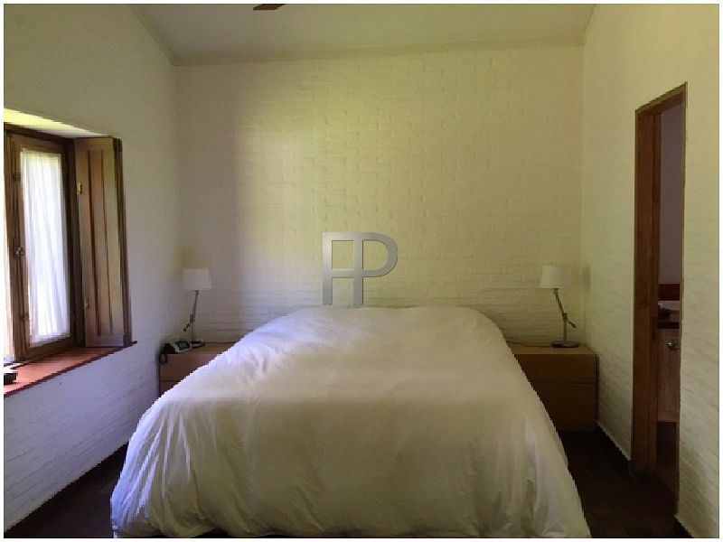 House for sale Punta del Este: Bedroom with ensuite bathroom