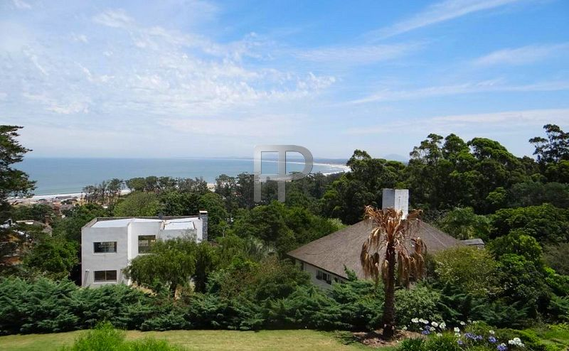 House for sale Punta del Este - view of water